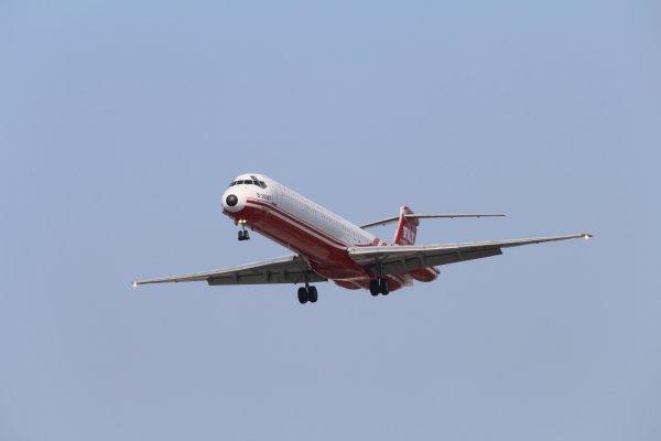 遠東航空無預警停飛3國際航線 旅行社發動連署揚言拒搭