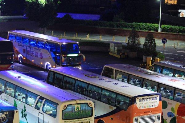 林全:全盤檢視遊覽車安全管理 確保旅遊安全