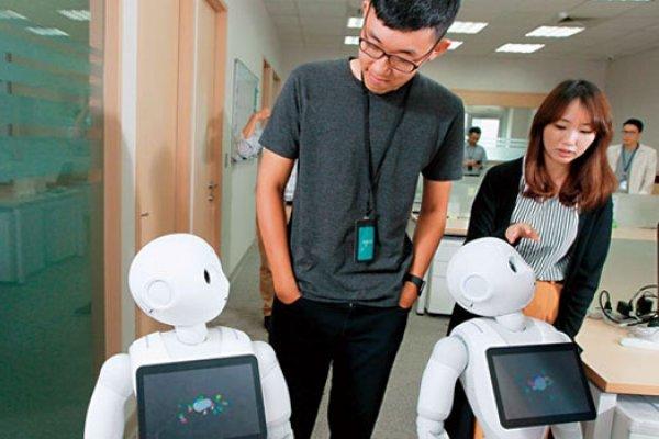 教Pepper讀心術的台灣保母團隊