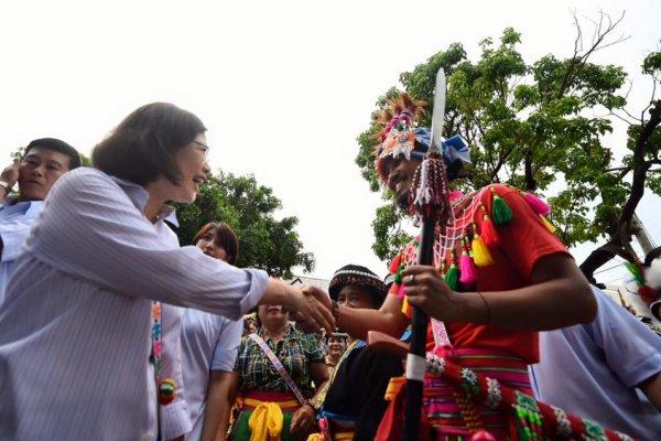 蔡英文親訪部落 原住民立委陳瑩:總統很勇敢