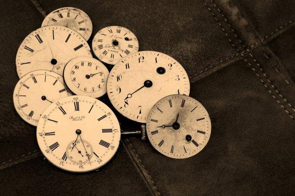 生命裡唯有時間是公平的 秒針走一格就只能是一秒!