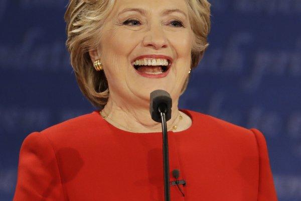 美國總統候選人辯論》美媒評論一面倒:希拉蕊大勝 毫無準備的川普掉進陷阱 回應無力頻跳腳