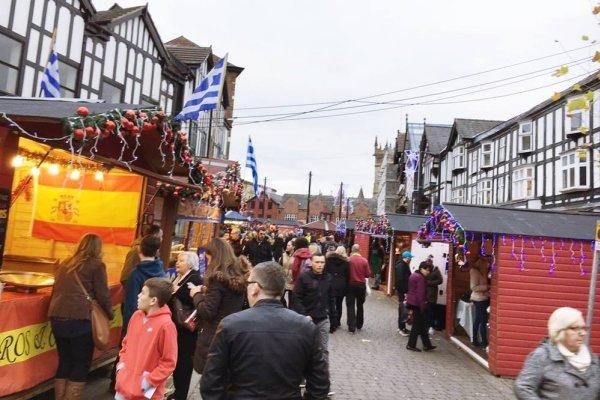 讀者投書:在英國幸福小鎮,迎接聖誕前夕的喜悅