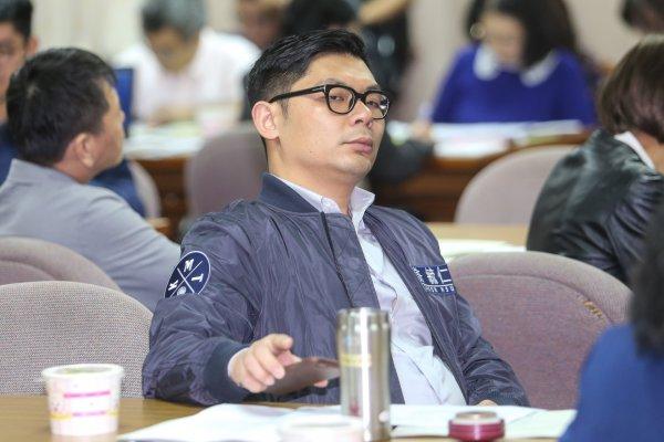 「下次再拿出來就是2020年了」許毓仁擔憂24日釋憲會為了專法再拖延