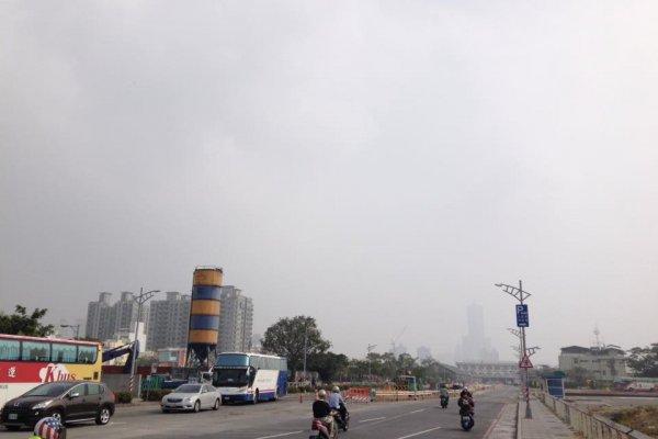 中南部空汙遮藍天 綠支持者怒批環境不正義