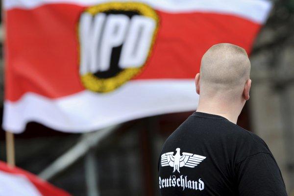 德國新納粹政黨不必解散 民眾抗議聯邦憲法法庭判決