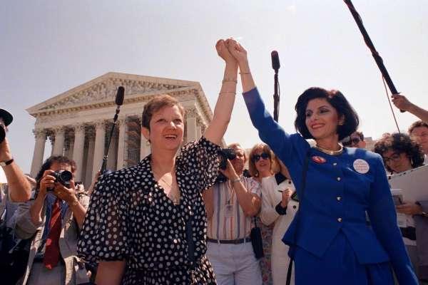 美國墮胎權的催生者,後來為何支持反墮胎?「羅伊訴韋德案」原告臨終前的震撼告白:一切都是演出來的!