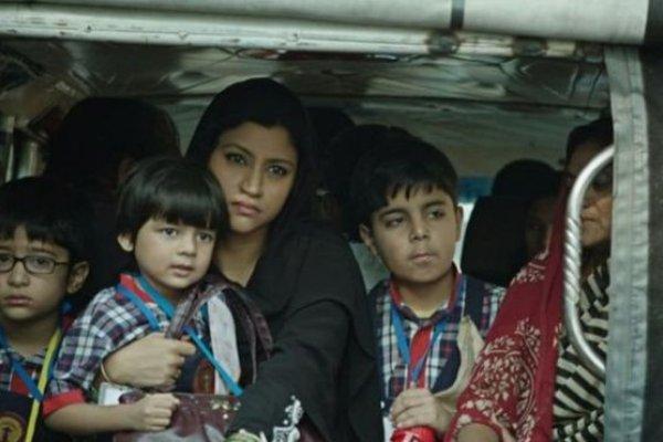 BBC記者來鴻》印度女人的聲音—我罩袍下有口紅!