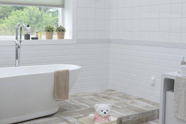 小小浴室,卻藏最多汙垢!這5個最強清潔法學起來,洗手台、牆面馬上亮晶晶