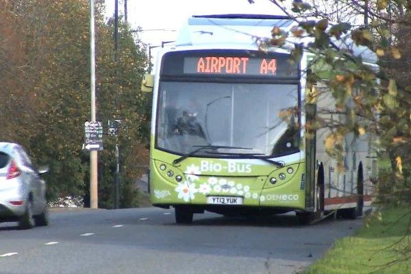 人的糞便真的可以發電?環保公車正式上路,五個人的份量竟夠從台北開到…