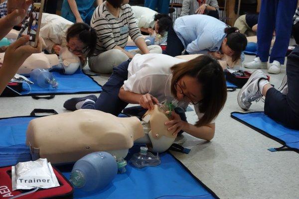 大林慈濟醫院辦救命課程 馬國護理人員來臺學習