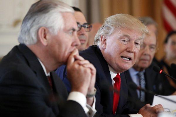 美軍轟炸敘利亞》俄國伊朗警告川普勿再跨越紅線 美駐聯合國大使直言:阿塞德必須下台