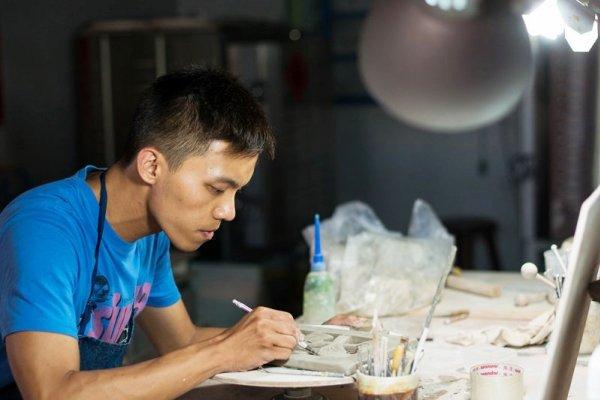 誰說年輕人不努力?兼2份差苦追畫家夢,他繪出最美台灣日常、耕耘多年終奪獎!