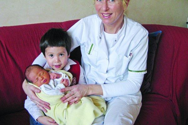 台灣產婦可以坐一個月月子有多幸福!遠嫁荷蘭的她:產後彷彿被丟到無人島上般無助
