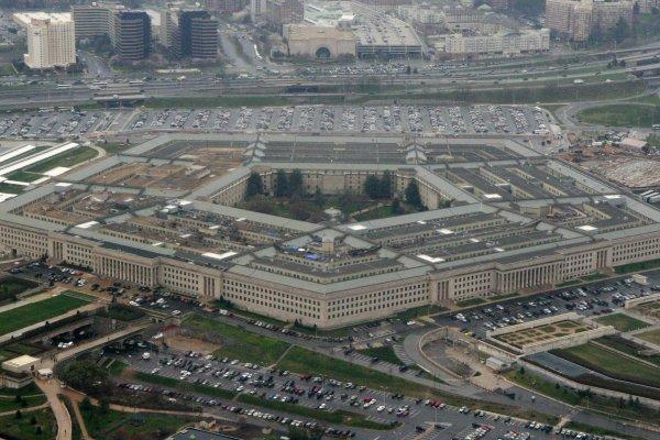 【內有影片】美軍F-18飛行員談13年前攔截幽浮:「那不是來自地球的物體」