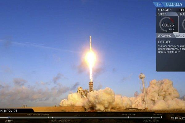 可垂直降落的「獵鷹9號」再出發 SpaceX首度與美軍合作發射偵察衛星