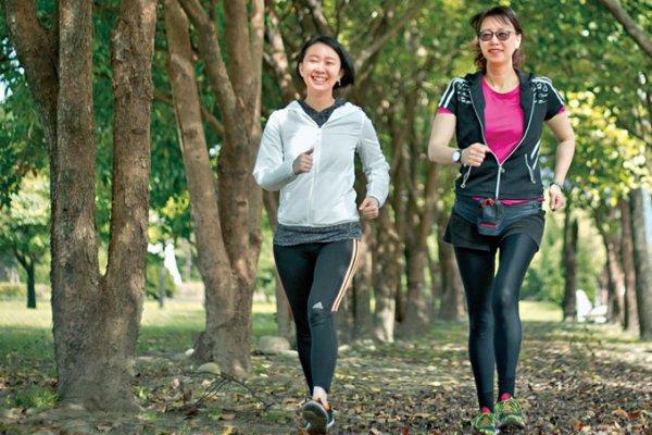 健走 最容易開始的肌力運動