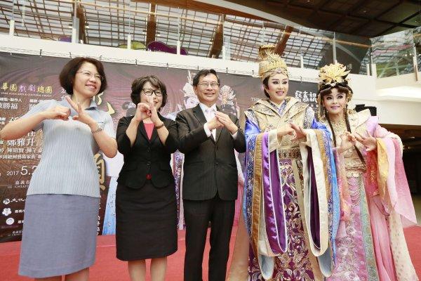 嘉義藝術節精彩連連 明華園《龍抬頭》全國巡演首站在嘉義市