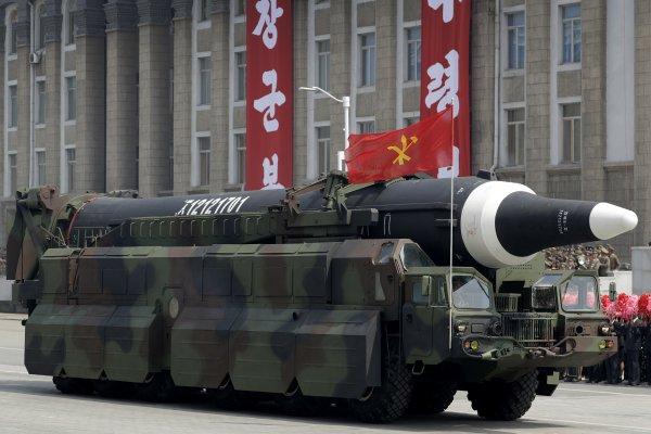 飛彈試射取得大成功?專家:再給金正恩一年,北韓核彈可打擊美國本土