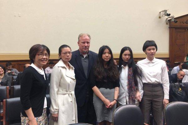 請救救我們的丈夫!美國國會檢討中國人權 李凈瑜與維權律師妻子出席作證
