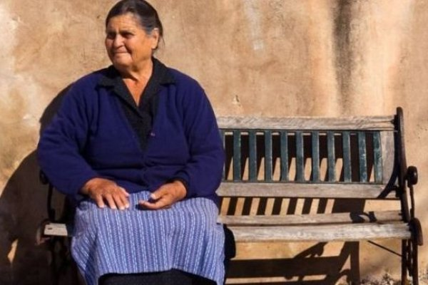 愛吃高油脂食物的希臘山區居民為什麼不會得心臟病?科學家找到答案