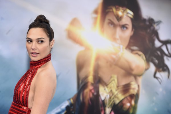 《神力女超人》也會有國籍問題?黎巴嫩首映前遭緊急禁播