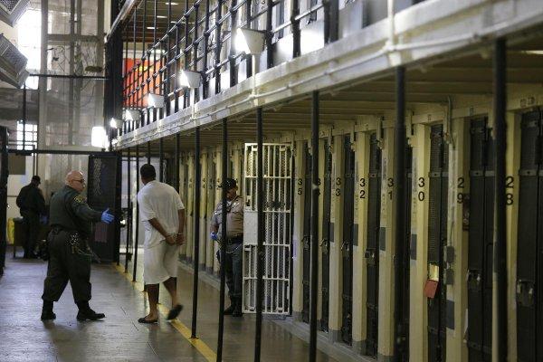 養犯人一年要花227萬!加州管理囚犯成本創新高 美媒:念哈佛還比較便宜