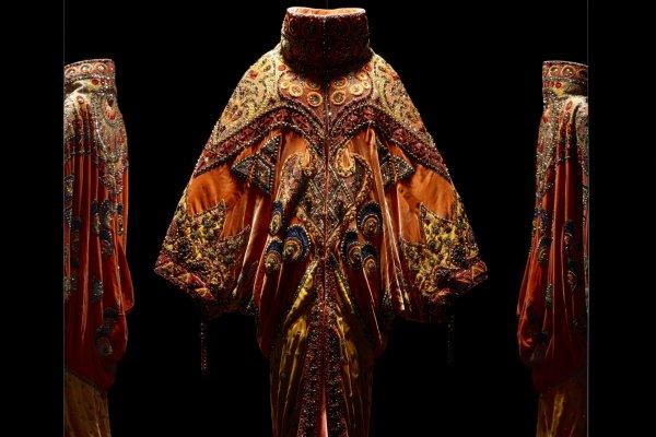 讓巴黎重回鎂光燈下的推手─Dior 70週年展覽縈繞時尚界所有的想像