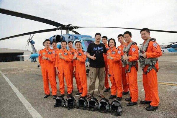 齊柏林曾協助拍攝紀錄片 空軍救護隊PO照悼念