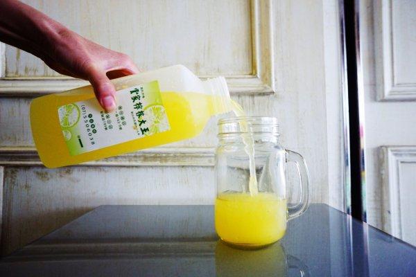 一天至少賣1000杯!手工榨汁、做到手麻也甘願,高雄人一定知道的50年神級果汁老店