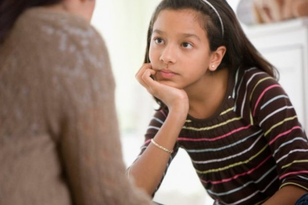 封鎖消息、或者坦誠以對?父母應該怎麼跟孩子談論恐攻