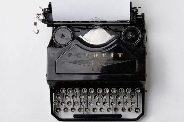 讀者不付費、出書又難賣,文字工作者怎麼靠寫作過活?這背後隱藏了嚴重的文化危機