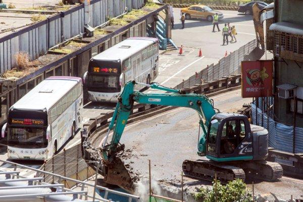基隆中山橋引道拆除 火車站周邊風華再現