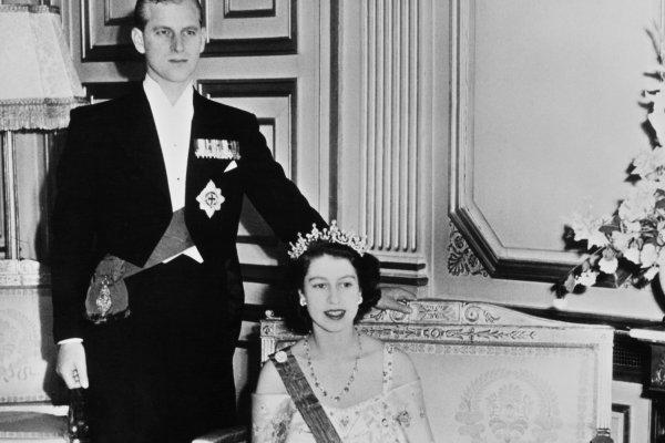 英女王的敦克爾克大登陸!享元首級禮遇,法國總統「這樣」宴請少婦伊麗莎白