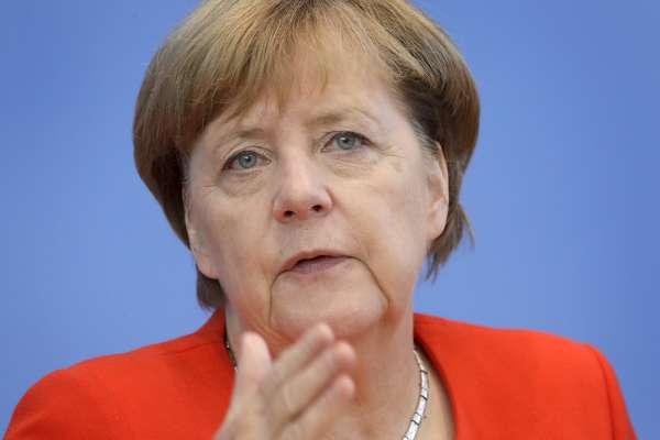 「我們必須面對過往的幽靈!」歐洲民粹勢力壯大 德國總理梅克爾警告:全球黑暗勢力興起