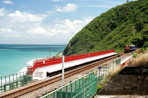 「最美火車站」多良10月起暫封閉!台東觀光局公開觀景台重啟日,想去玩務必留意…