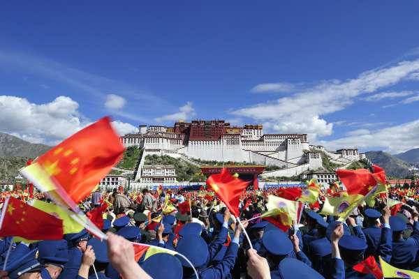 簽下「和平協議」馬上被解放軍殘暴屠殺!看看西藏70年來血淚,還有人敢相信中國政府?