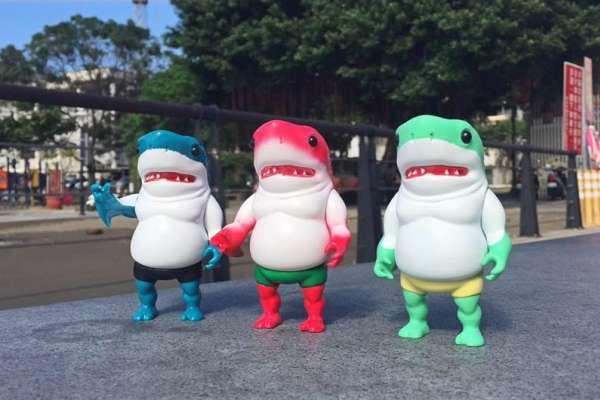 小小的鯊魚人玩具賣3000元!他自學設計、借錢開模,讓世界看見台灣的玩具設計功力