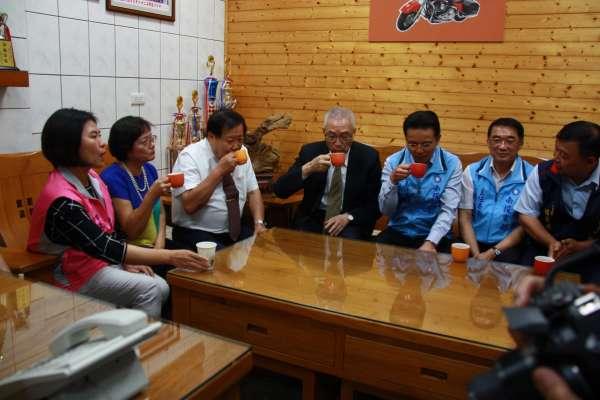 回鄉博感情 國民黨主席吳敦義南投訪工商界人士
