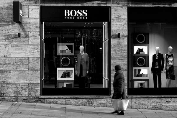零工作經驗的台灣學生,如何從愛迪達總部實習生走到Hugo Boss亞太區行銷經理?