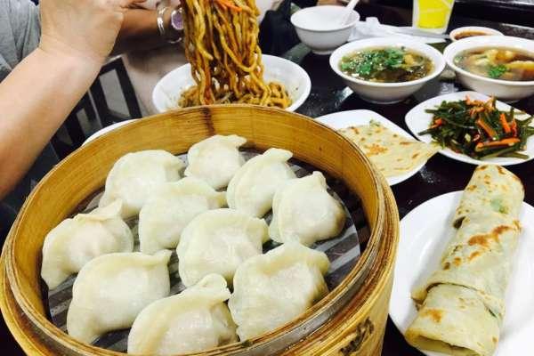 百元以內搞定一餐!台北東區5家平價又澎湃的私藏美食,不必花大錢也能在鬧區吃頓飽