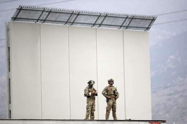 閻紀宇專欄:川普的「牆」,未必擋得住敵人,卻已擋住自己的去路