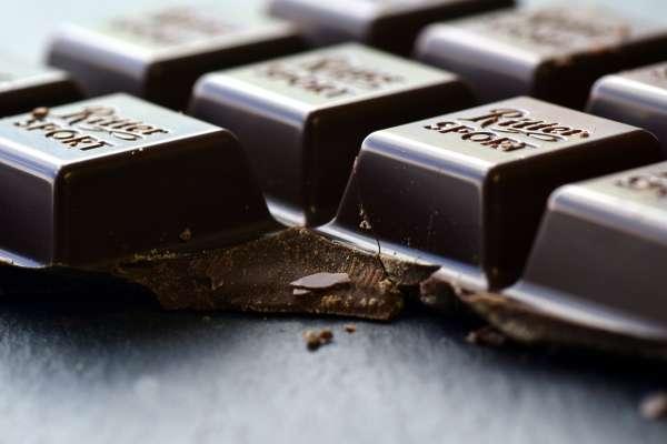糖尿病也可以吃巧克力?一天吃25克,不但有助穩定血糖,還有這些驚人好處