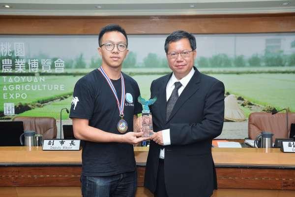 王泰為勇奪泰拳世界冠軍 首位拿到泰拳冠軍台灣選手