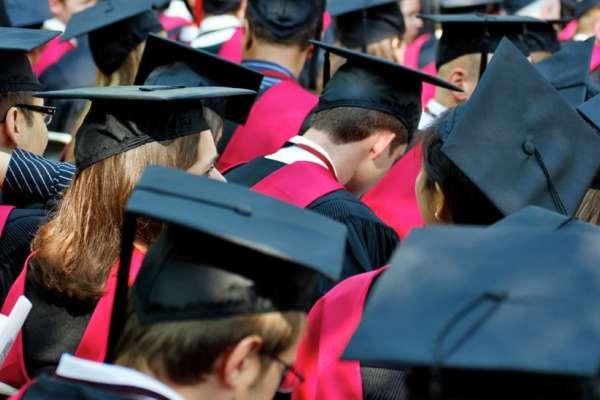 2018年哈佛應屆畢業生調查!這群高材生的10大特徵:作弊、處男、焦慮…