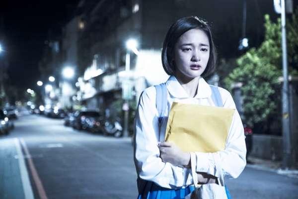 優秀的「準醫科生」為何跳樓自殺?《茉莉的最後一天》拍下台灣菁英父母如何逼死乖女兒