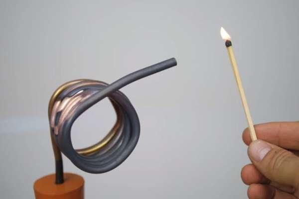 有片》什麼巫術?「用水」竟然能點燃火柴棒!英科學家用「簡單小實驗」,大大顛覆你認知!