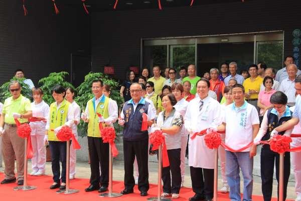 大千醫院慢性照護大樓落成 徐耀昌肯定對長照付出