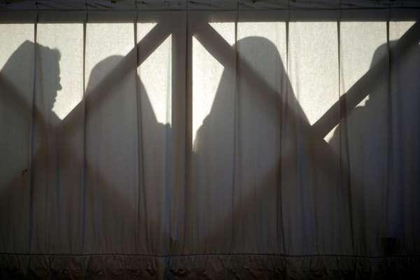 遲到29年的正義》撞見神父和修女「辦事」, 19歲修女「被自殺」水落石出