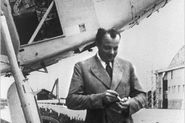 歷史上的今天》7月31日──經典童書《小王子》作者、法國飛行員聖修伯里執行任務時神秘失蹤